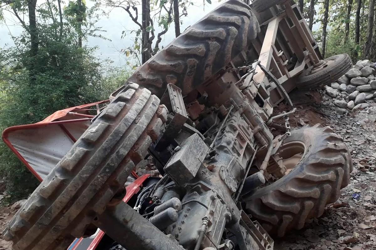 सवारी दुर्घटनामा परी २ जनाको मृत्यु