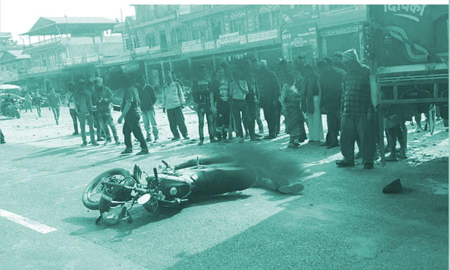 छुट्टाछुट्टै स्थानमा भएका सवारी दुर्घटनामा परी सात जनाको मृत्यु