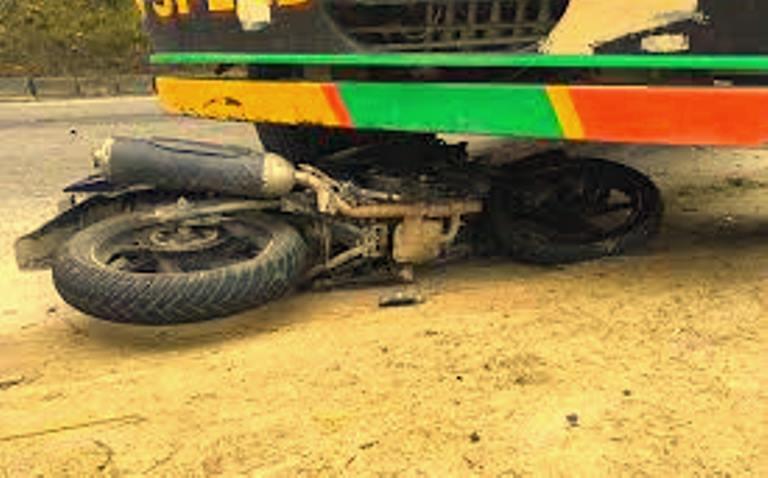 सवारी दुर्घटनामा ३ जनाको मृत्यु