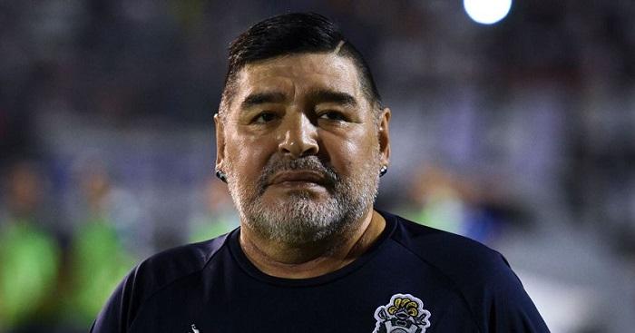 विख्यात फुटबल खेलाडी डिएगो म्याराडोनाको मृत्यु