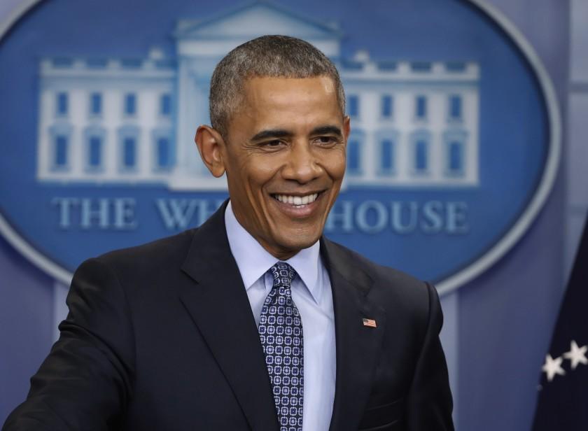 आफैंलाई संक्रमणबाट जोगाउन नसक्नेले अमेरिकीलाई कसरी जोगाउलान्  'ओबामा'