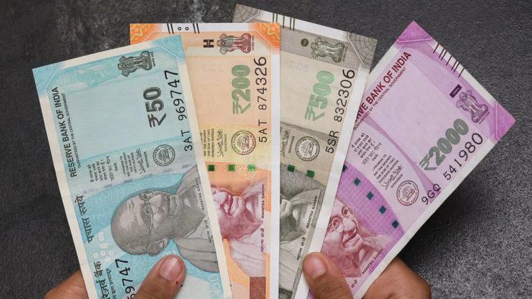 भारतमा रोजगारी गुमे पनि ५०% तलब तिन महिनासम्म पाइने