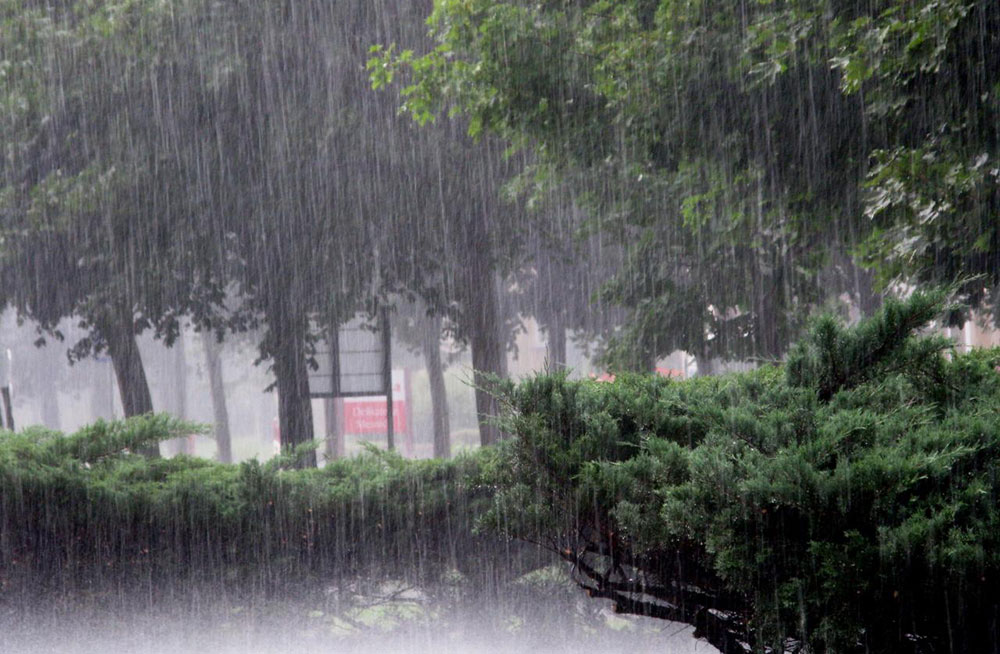 आज राति प्रदेश १ र सुदूरपश्चिम प्रदेशका केही स्थानमा भारी वर्षाको सम्भावना