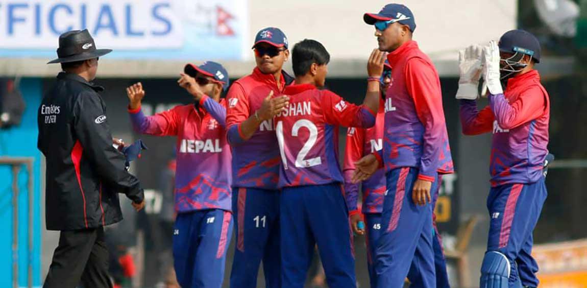 टी–ट्वान्टी क्रिकेट सिरिजका लागि ज्ञानेन्द्र मल्लको कप्तानीमा १४ सदस्यीय नेपाली राष्ट्रिय टोलीको घोषणा