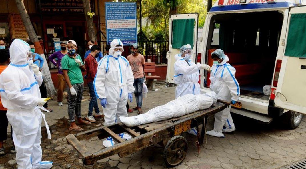 कोरोनाका कारण भारतमा ६१ नेपालीको ज्यान गयो, एनआरएनएले सुरु गर्यो हटलाइन सेवा