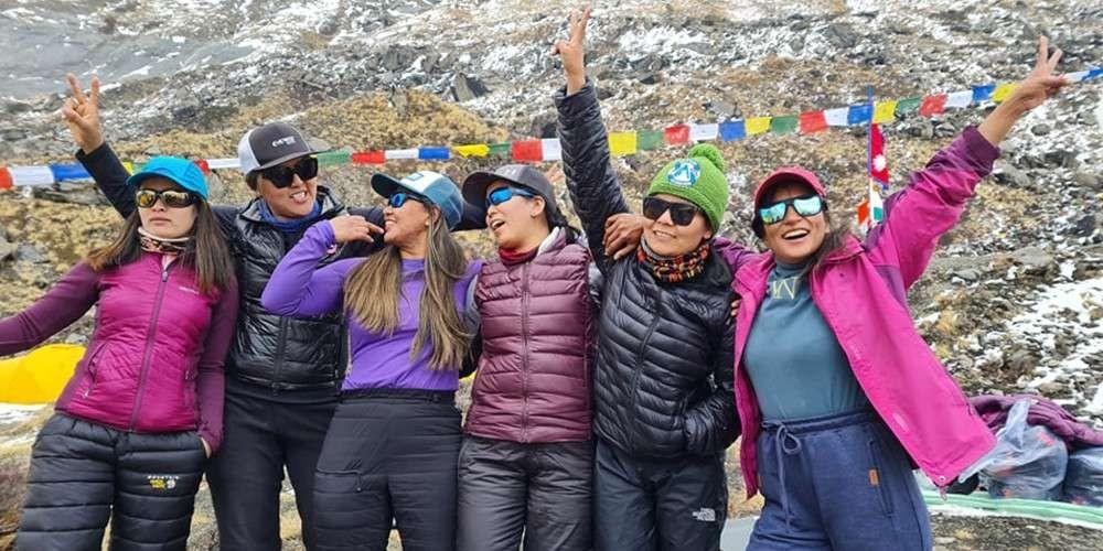 चार नेपाली महिलाद्वारा अन्नपूर्ण हिमालको सफलतापूर्वक आरोहण, राखे किर्तीमान