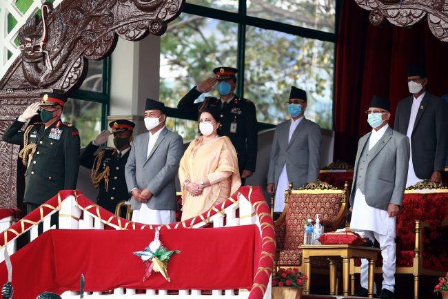 राष्ट्रपतिको प्रमुख आतिथ्यमा सैनिक मञ्च टुँडिखेलमा घोडेजात्रा सम्पन्न
