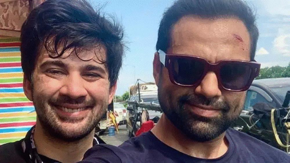 अजय देवगनको फिल्ममा देओल खानदानका चिराग तथा सन्नी देओलका छोरा करण काका अभय देवलसँगै