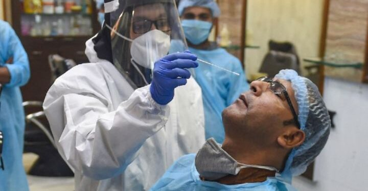 पछिल्लो समय नेपालमा पुनः दैनिक कोरोना संक्रमितको संख्या बढ्दै