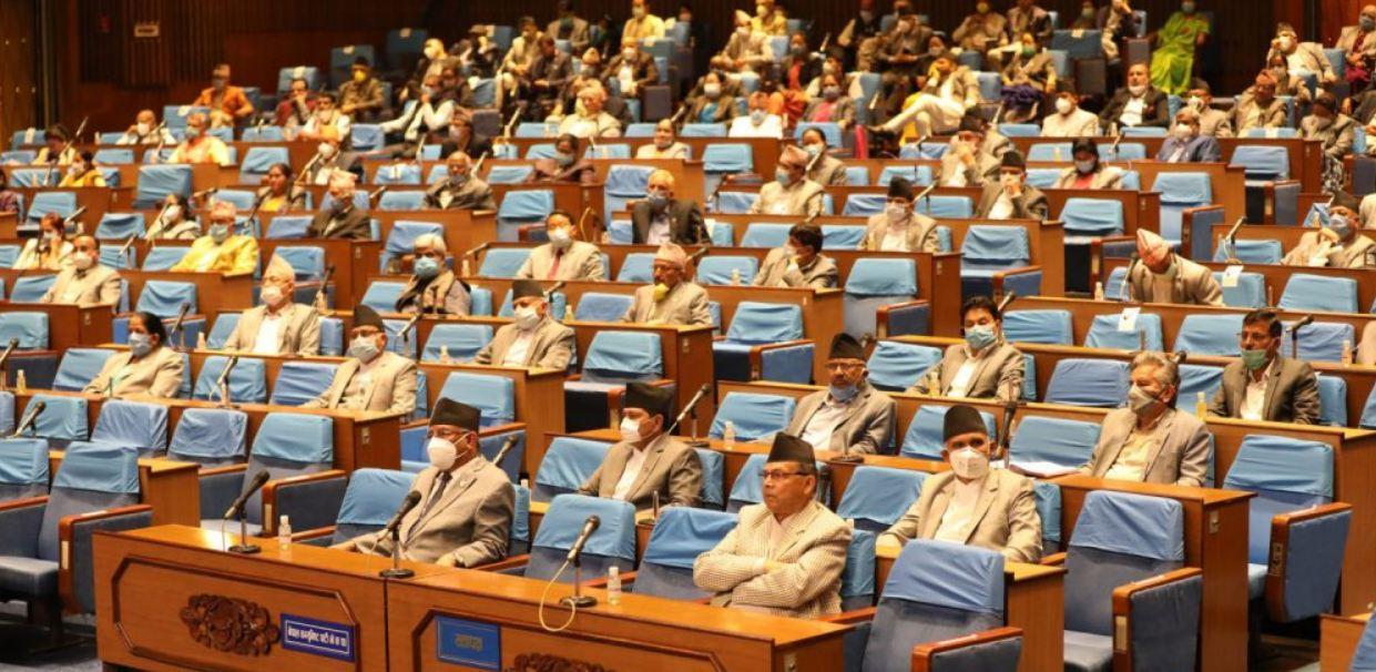 ओलीको अवको दाऊः संसद बैठक स्थगित गर्ने र अविस्वास प्रस्ताव रोक्ने