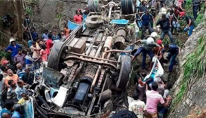 मुगु बस दुर्घटनाको कारण   टायर पङ्चर